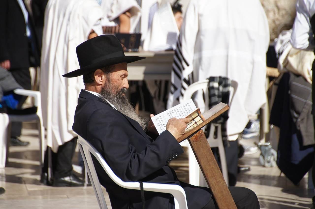 tlumaczenie prawnicze jezyka hebrajskiego, ile kosztuje tlumaczenie prawnicze hebrajskiego, jak wykonac tlumaczenie prawnicze hebrajskiego