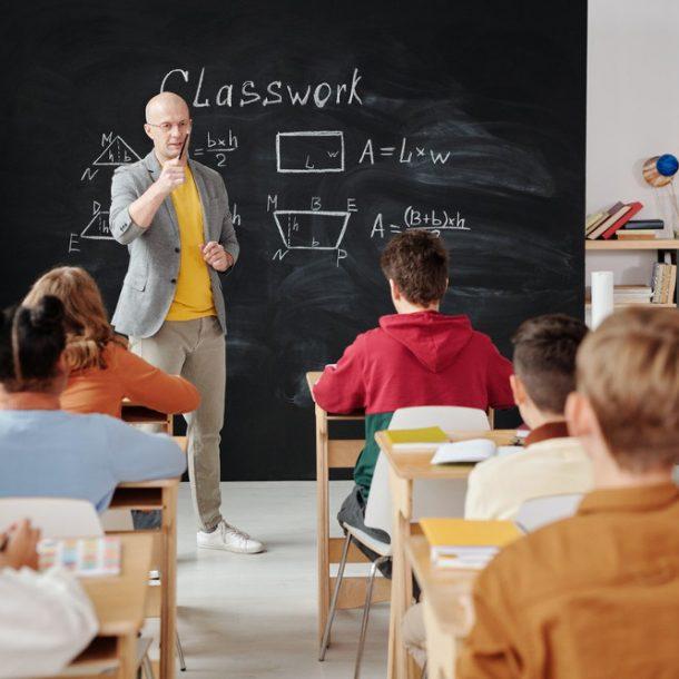 Tłumaczenie pojęć związanych ze szkolnictwem